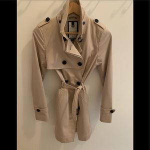 Soia and Kyo light beige trench